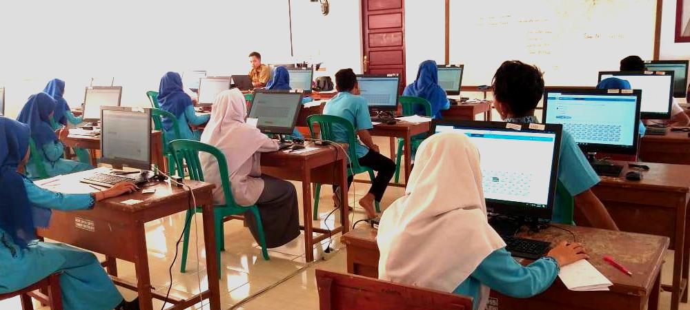 Akuntansi dan Keuangan Lemnaga (AKL)